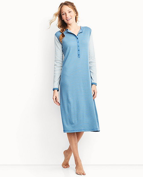 Women's Nightgown In Organic Cotton by Hanna Andersson
