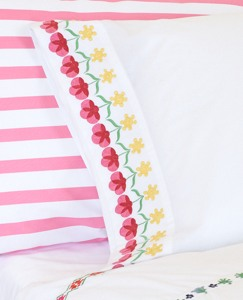 Broderi Ribbon Pillowcase by Hanna Andersson