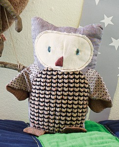 Handmade Scandi Friends—Owl by Hanna Andersson
