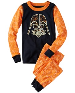 Star Wars™ Glow In Dark Pajamas In Organic Cotton by Hanna Andersson