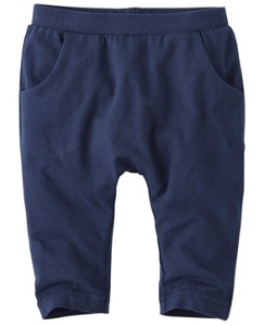 Easy Peasy Pants In Organic Cotton by Hanna Andersson