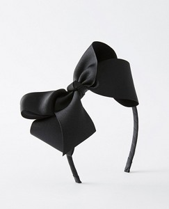 Bow Headband by Hanna Andersson