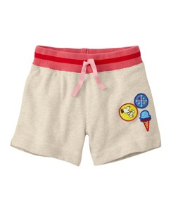 Peanuts Sweatshorts In 100% Cotton by Hanna Andersson