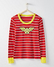 Justice League WONDER WOMAN™ Women Pajama Top In Organic Cotton by Hanna Andersson