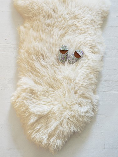 Easy on little feet. Furry throws and artisan rugs. Shop now.