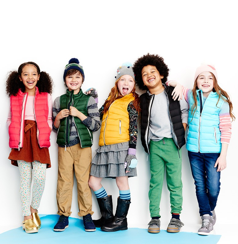30% off outerwear including hats, gloves & gear. Shop girls, boys and baby.