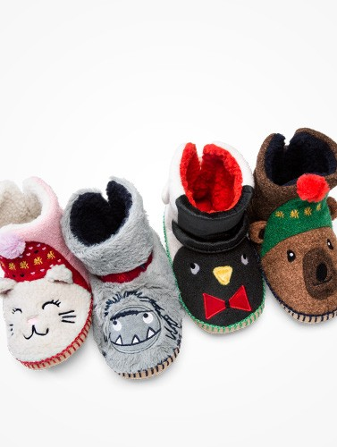 Critters at your feet! Snuggly warm slippers!