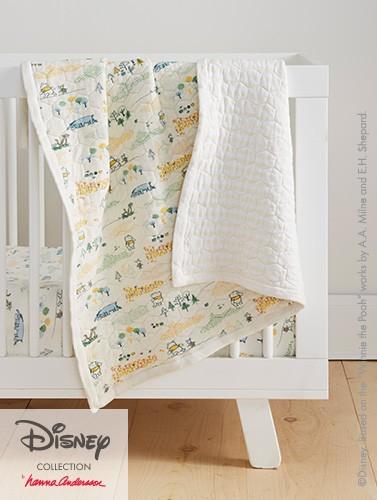 Crib sheets and quilt. Winnie the Pooh. Shop now.