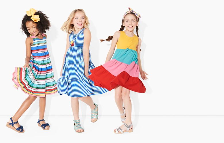 happy dresses this dress has an awesome twirl factor shop dresses